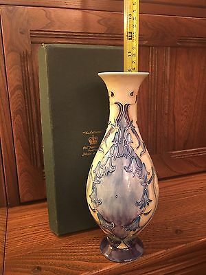 Old Tupton Ware - 6625 - Tall Bluebell Vase - Nouveau Collection - Boxed Mint