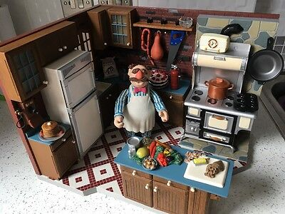Highly collectable muppets show swedish chef kitchen palisades playset