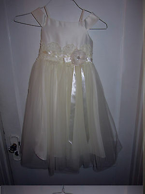 Girls Size 6 Ivory Wedding Party Holiday Flower Girl Formal Pageant Dress D-1185