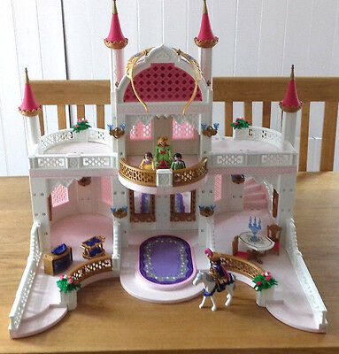 Playmobil Princess Castle 4250 With Royal Family And Accessories