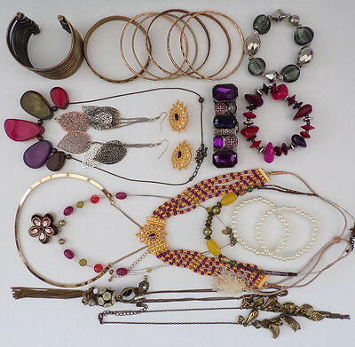 Job Lot Vintage Style Jewellery Collection Necklaces 21 Items