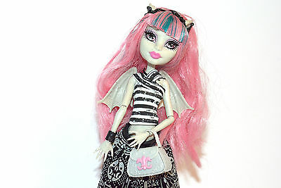 Monster High Puppe Rochelle Goyle + Pet + Stand
