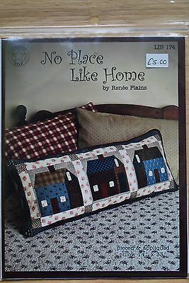 Quilt pattern: No Place Like Home pillow by Renee Plains