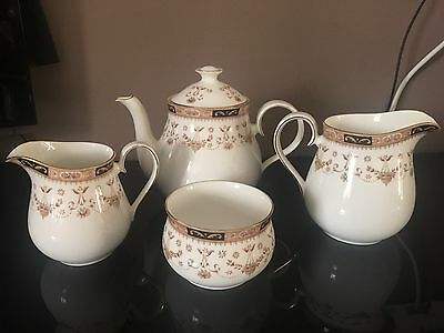 Queens China Olde England