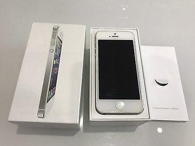 Apple Iphone 5 Smartphone. White And Silver, 16 GB. VGC!