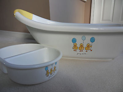Matching Baby Bath and Wash Bowl in White (Mothercare)