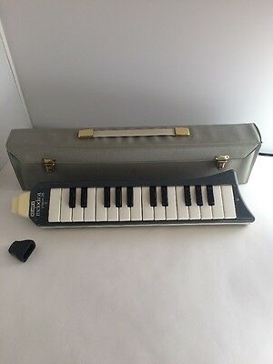 Vintage Hohner Melodica Piano 26 Woodwind Instrument mouth organ piece case