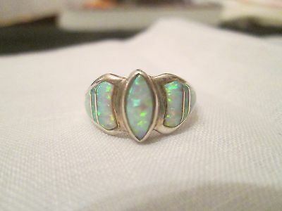Vintage sterling silver Opal inlay size 7 1/4 Native American unsigned