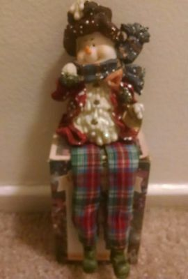 Designspirations Collectible Santa Figurine Fireplace Setting In Original Box