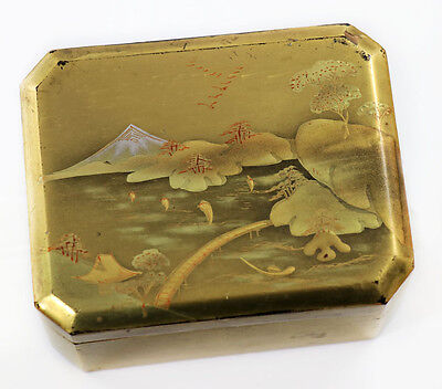19th c. Japanese scenic gold lacquer covered box, Fuji in background [6664]