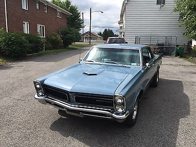 1965 Pontiac Le Mans  1965 Pontiac Lemans great condition 400 block , number matching parts. GTO