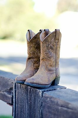 Kids Size US8 Ariat Western R Toe Boots
