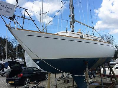 Carter 30 yacht with 6 months free mooring at Mylor Falmouth