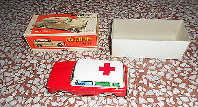 - Tin Toy Red China Ambulance Mf 732 Friction Whith Siren  Vintage 70's Rare Mib
