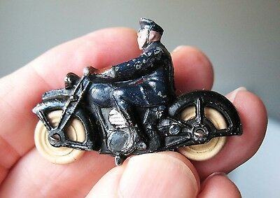 Dinky Toys No37b Police Motorcyclist 1937-40 Scarce Good condition