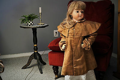 Late 1800's / early 1900s Little Girls Victorian Edwardian antique Satin coat