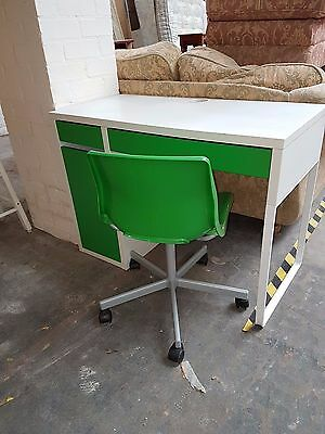 Green Desk and Chair
