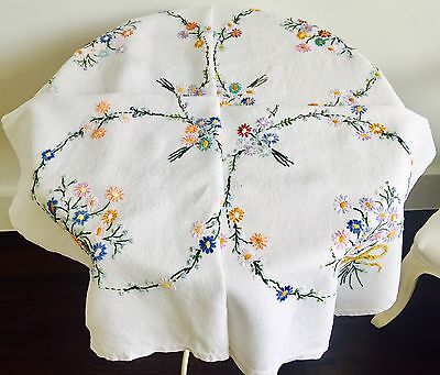 Vintage Hand Embroidered Linen Table Cloth Bows & Flowers