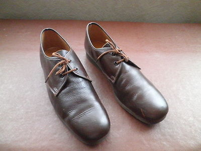Bowls Shoes - Dark Brown - Size 9.5 - Leather - Never Worn - Lightweight
