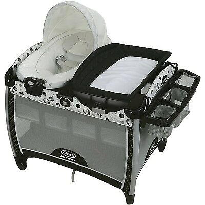 Graco Pack 'n Play Quick Connect Portable Bouncer with Bassinet Balancing Act