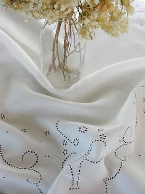 Antique Fine White Linen Embroidered Bridal Basket Tablecloth Broderie Anglaise