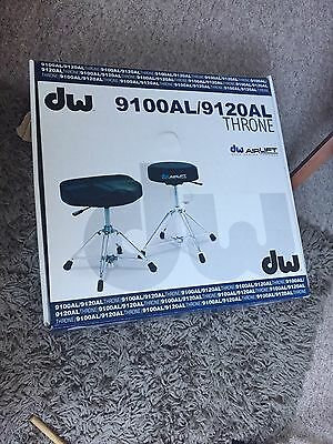 DW 9000 series AIRLIFT THRONE STOOL NEW BOXED