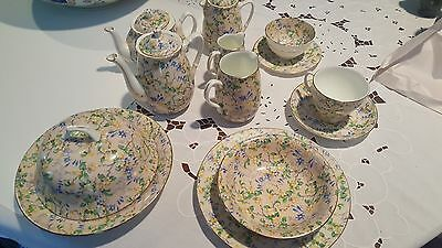 Sampson Smith Old Royal Bone China Made in England-Lot