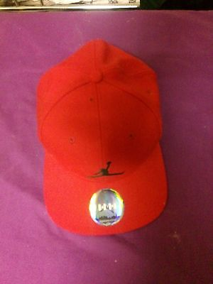 NIKE Air Jordan JUMPMAN Cap - Red Size: 7 3/4 - New Unused