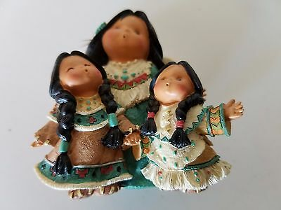 Three Voices One Heart Friends Of The Feather Collectible Figurine