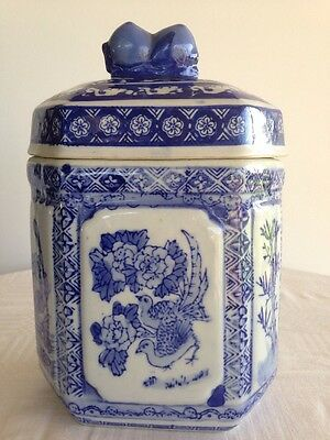 ANTIQUE? CHINESE PORCELAIN BLUE & WHITE SIX SIDED TEA CADDY-Stamped.