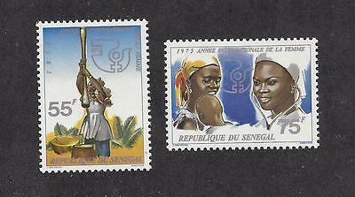 "Senegal   #415-416     Mnh     ""international Women's Year"""