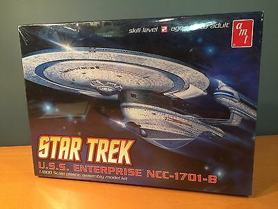 Star Trek USS Enterprise NCC-1701-B AMT Model Kit