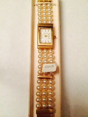Rare Gorgeous Majorica 3 Strand Pearl Watch