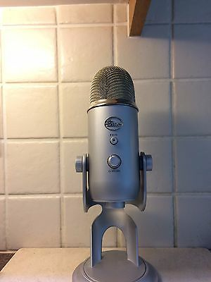 Blue Yeti Microphone-  Great Condition only used a few times