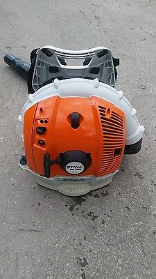 STIHL BR600 GAS POWERED PRO COMMERCIAL GAS BACKPACK LEAF BLOWER br450 br700