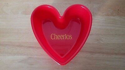 EUC! General Mills Cheerios heart shaped, red plastic cereal bowl. 2001
