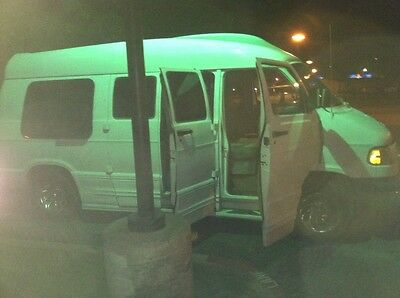 2000 Dodge Other Luxury limo conversion van 2000 dodge luxury explorer ram 1500 van