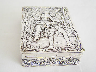Absolutely beautiful Classically decorated solid German Silver Box 800 silver