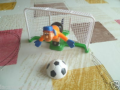 Maxi Kinder Surprise Ferrero Foot Gardien de but 3K02 N° 14