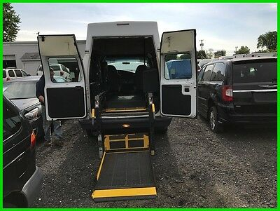 2006 Ford E-Series Van Commercial VAN WHEELCHAIR HANDICAP HIGH TOP POWER LIFT 2006 Commercial Used 5.4L V8 16V
