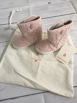 BNWT COUNTRY ROAD Baby Girls Boots Size 20