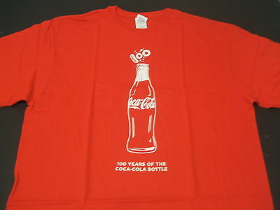 Beautifull Red Coca-Cola Bottle   T-Shirt XL