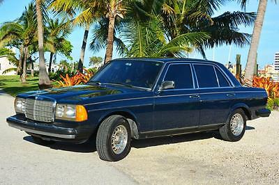 1985 Mercedes-Benz 300-Series Sedan W123 300D Mercedes-Benz Turbo Diesel Immaculate Show Room Condition 83,227 Miles