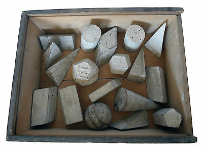 Antique set of 18 wooden geometric models by Antonio Vallardi, Milano, Italy