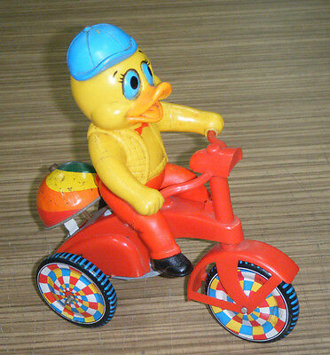 Vintage c1960's Duck Wind-Up Japan Tin Toy Bike with Bell