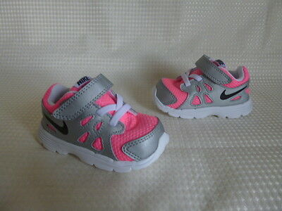 * Nike Revolution 2 Trainers * Size 4  Infant Girls *  Brand New