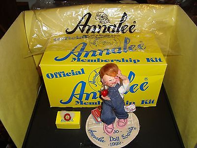 Annalee Mobilitee Doll 1992 Membership Kit Complete Boxed Set W/ Pin Mint