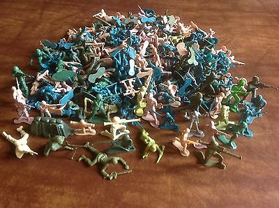 Lot Of Plastic Toy Soldiers