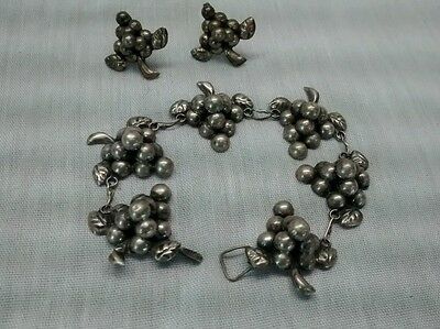 Nice  Vintage Mexico silver grapes links bracelet and screw on earrings set