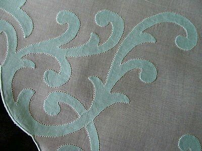 STUNNING Vintage MADEIRA Linen Organdy Tablecloth Napkins Round Topper PRISTINE